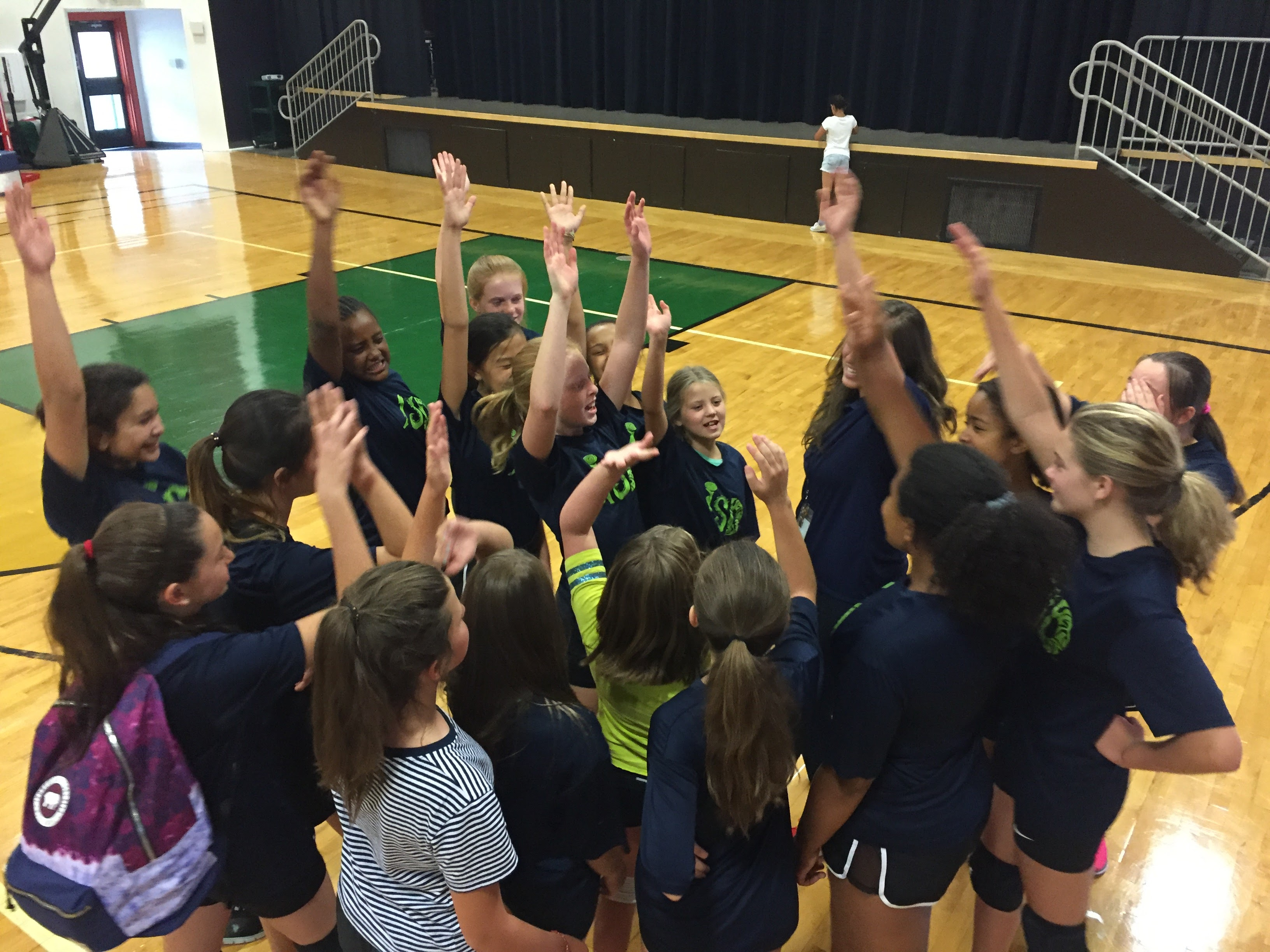 ISDenver Girls' Volleyball Team